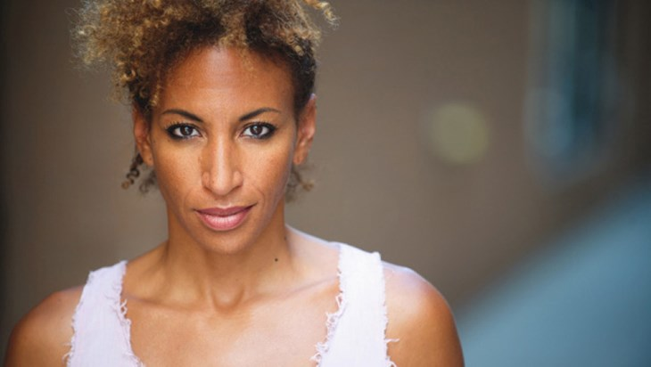 Lana Gordon Joins Broadway Cast of Chicago Tonight